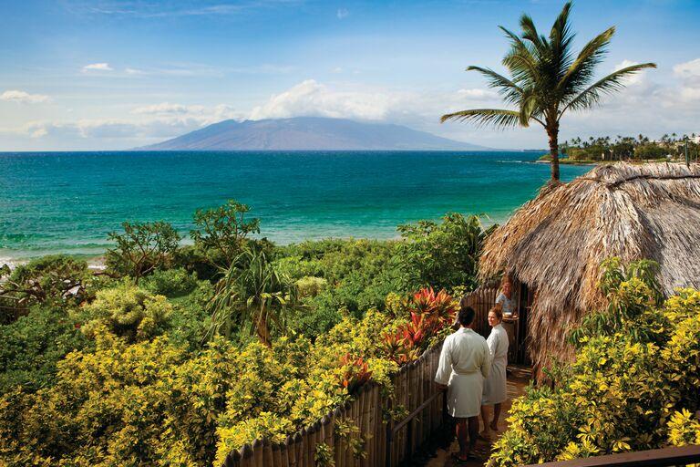 couples massage maui hawaii honeymoon best 2021