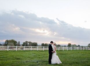 Bryanna Berish (25 and a registered nurse) and Matthew Woodington (30 and a veterinarian) had their reception at Matt's parents' farm in Nampa, Idaho.