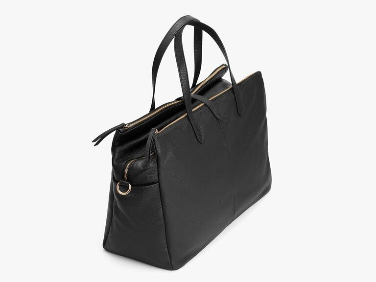 Cuyana leather weekender bag gift for wife