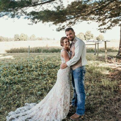 Elizabeth Renea's Bridal & Formal Wear