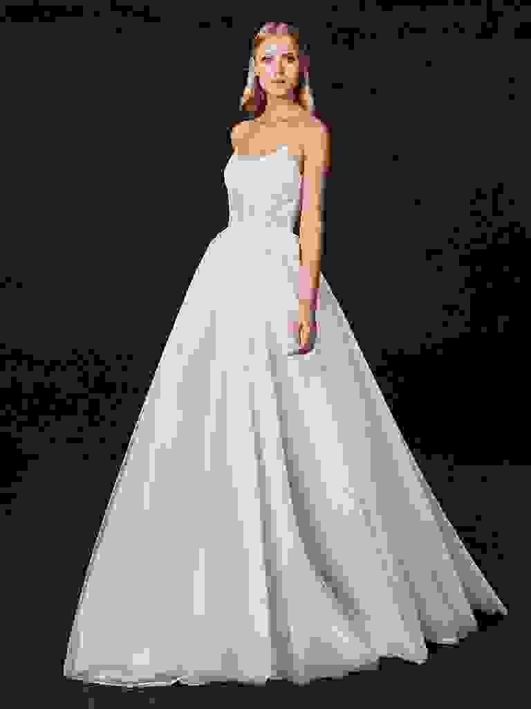 Victoria Kyriakides Fall 2017 wedding dresses