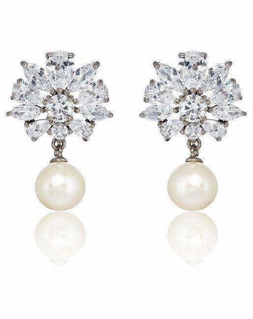 Grace Fl Freshwater Pearl Drop Earrings