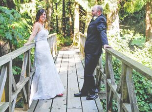 Lisa Kielpinski (37, an Education Assistant) and Bryce Prior (41, a Contractor) wanted something intimate and family focused for their second wedding.
