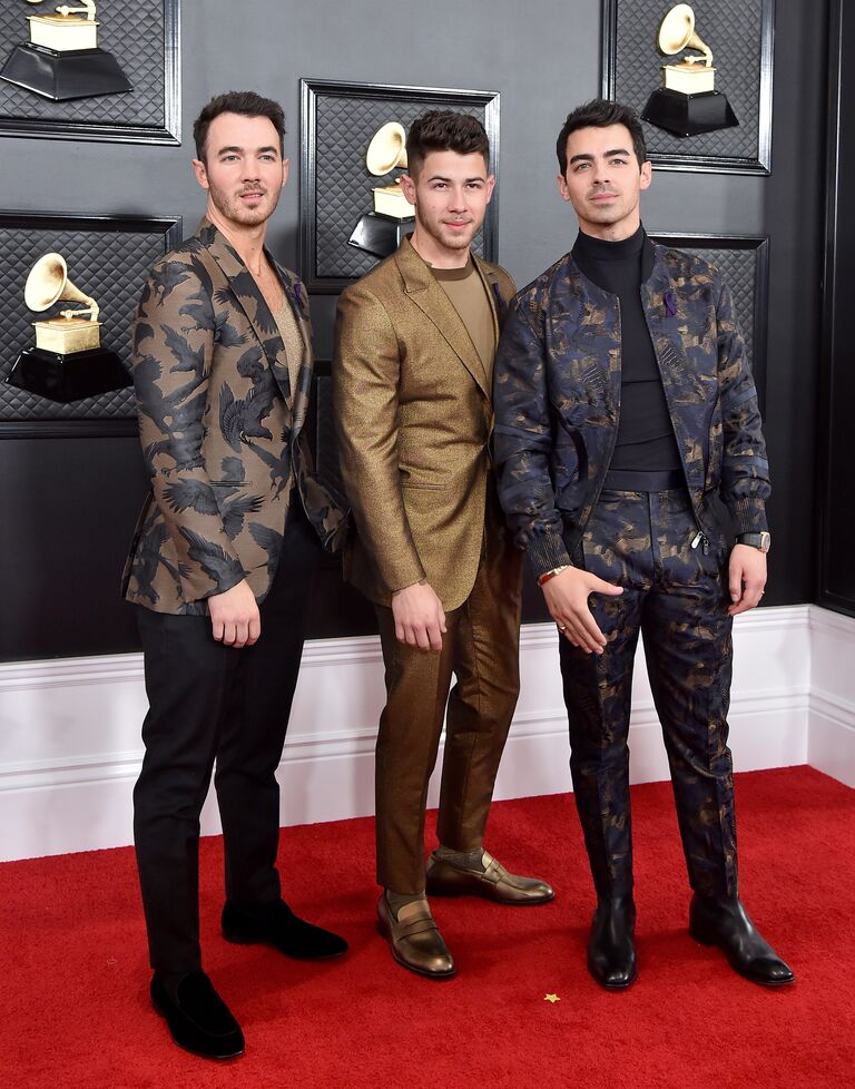 No Makeup Wedding Look Jonas Brothers