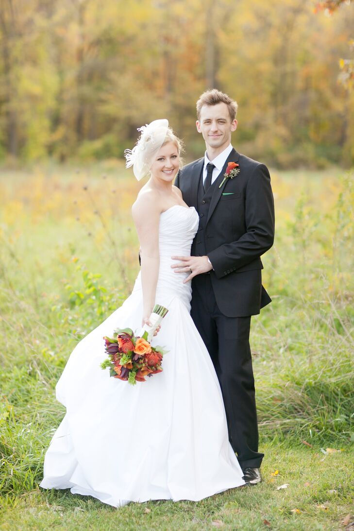 Erica Sutherlin, 24, a visual manager, and Johnathan Sutherlin, 27, an operations manager, exchanged vows in an elegant fall wedding in Indiana. The c