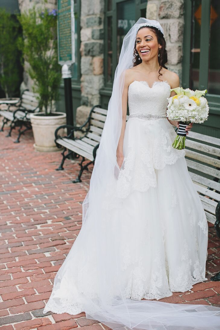 Romantic Lace-Trimmed A-Line Wedding Dress