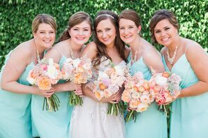 Coral and Peach Bridesmaid Bouquets