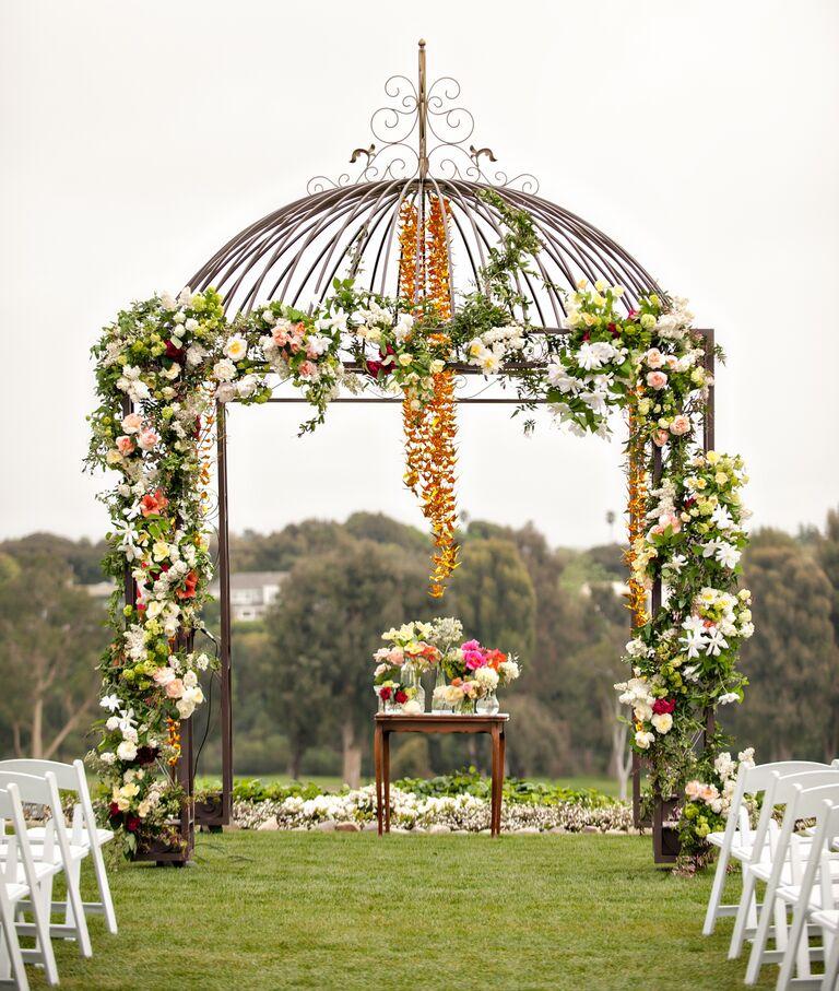 Altar Flowers Wedding Cost: Wedding Flower Trends 2014