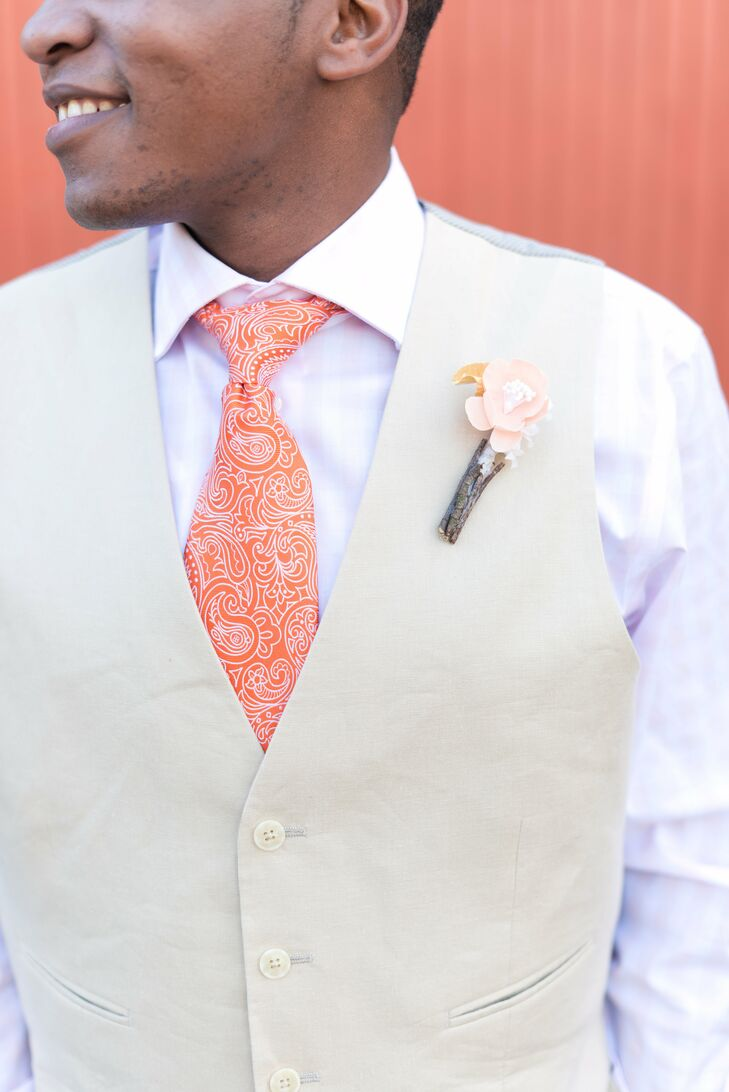 Laura made Lee's boutonniere, along with the flowers in her own bouquet, from fabric.