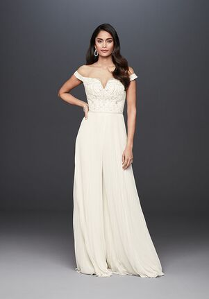 David's Bridal Galina Signature Style SWG826 Wedding Dress