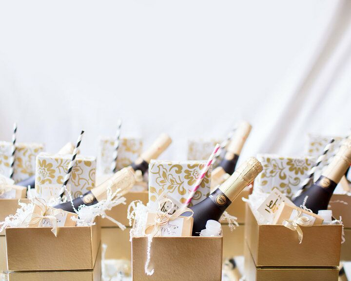 6 Classic Wedding Favor Ideas Your Guests Will Love