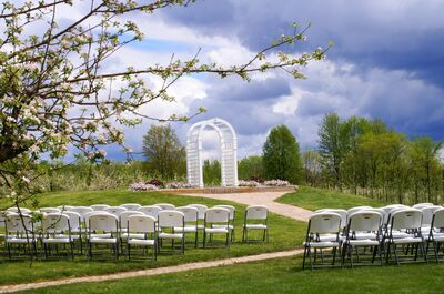 An Orchard Wedding at The Country Mill