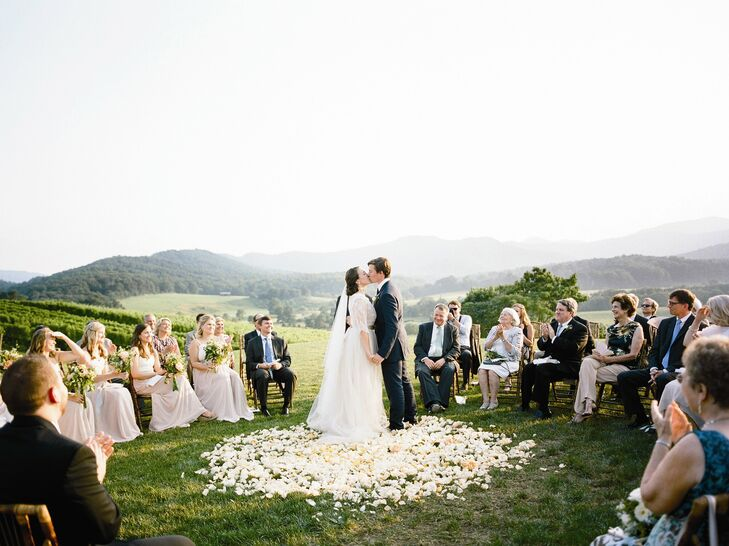 With a stunning custom gown, organic color palette and the help of Augusta's boss, celeb wedding planner Lynn Easton, Augusta and Brandon's romantic s