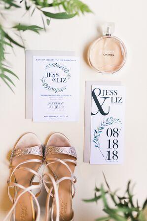 Modern Laurel Wreath Motif Wedding Invitations