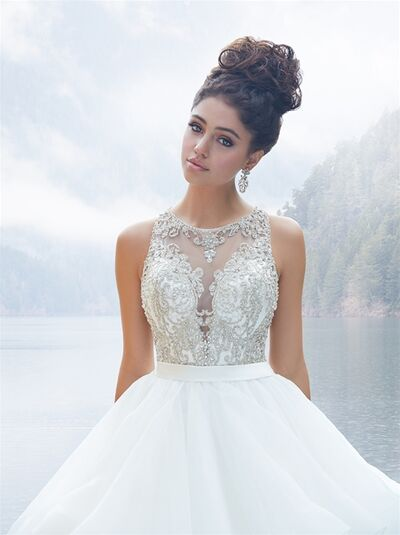 Charme Bridal and Prom