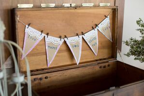 Card Box Bunting Sign