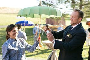 Hanging Escort Cards on Parasols