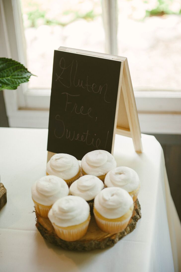 Katie and Garret incorporated elements in their wedding that were relevant to their families. Making sure that all their guests' food allergy needs were met was a top priority.