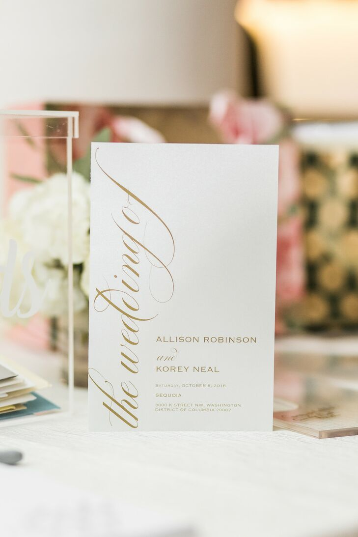 Elegant Tabletop Sign with Gold Calligraphy