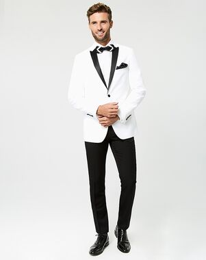 Le ChÂteau Wedding Boutique Tuxedos