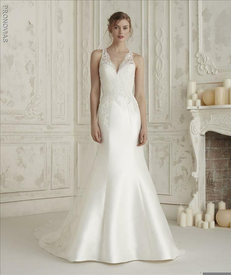 c0b43ab481f9 Martellen's Dress & Bridal Boutique | Bridal Salons - Lemont, IL