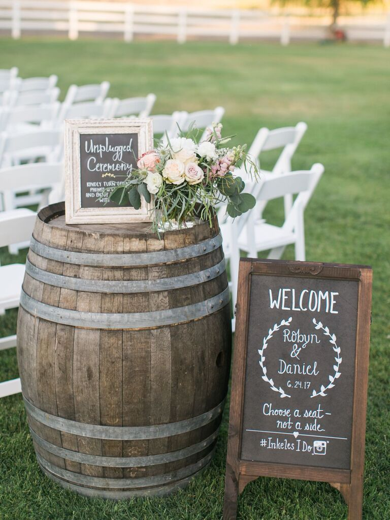 25 Rustic And Wood Wedding Signs For A Rustic Wedding
