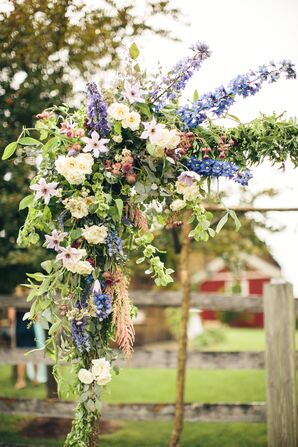 Natural Wedding-Arch Flowers