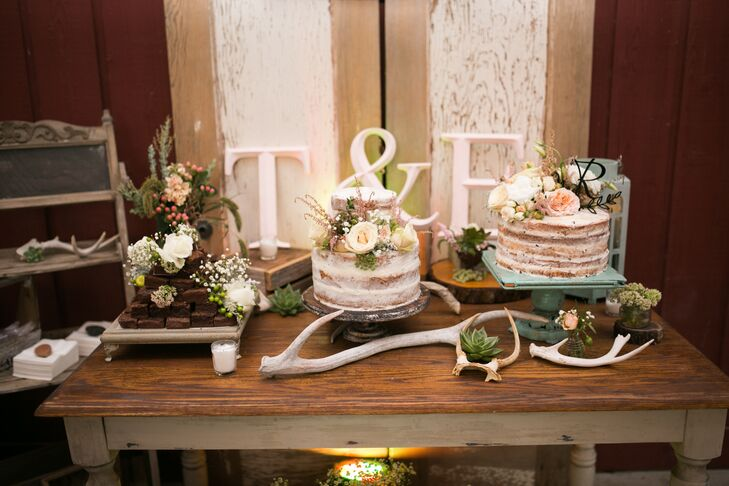 Rustic Naked Wedding Cake Display