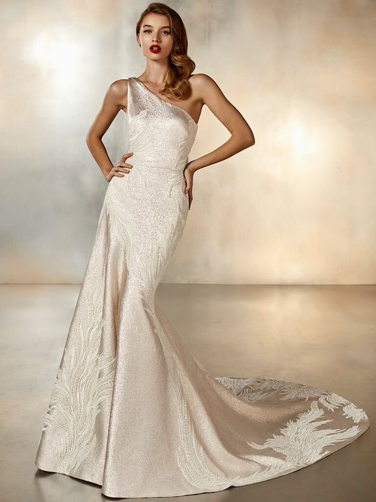 Atelier Provonias wedding dress one-shoulder gold trumpet gown