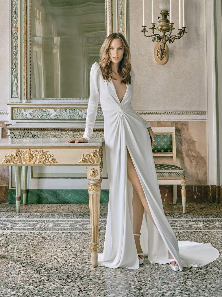 monique lhuillier long-sleeve gown