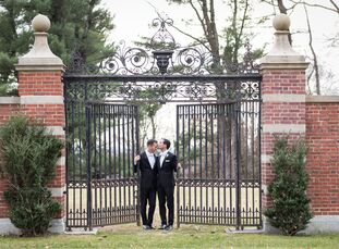 David Nurnberg (37 and works in business affairs) and Matthew Altshuler (34 and an attorney) first toured the Mansion at Natirar mid-renovation. In fa