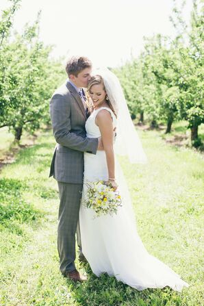 Royal Oak Farm Orchard Wedding