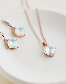 Dareth Colburn Alaya Opal Pendant Set (JS-1709) Wedding Necklace photo
