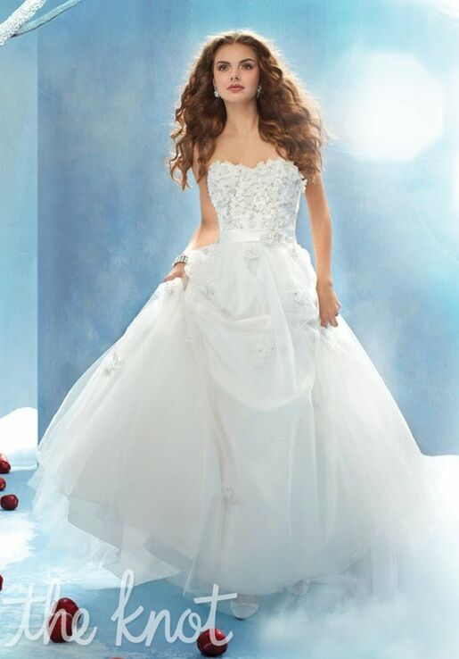 Alfred Angelo Disney Fairy Tale Weddings Bridal Collection 207 Snow ...
