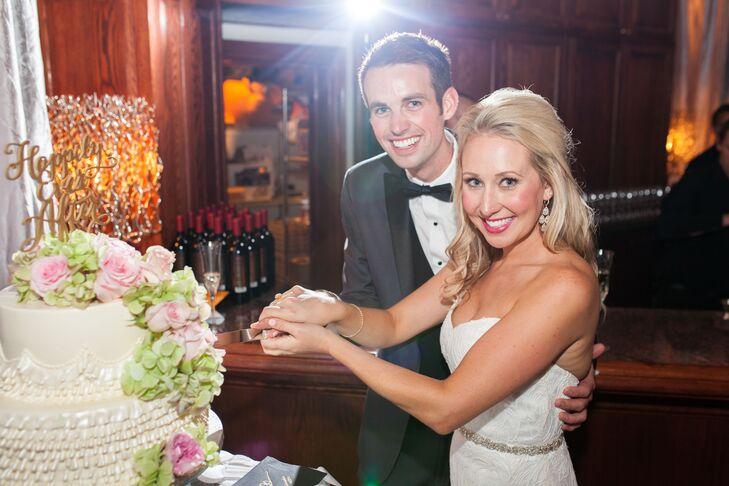 Ashley and Brett Cake Cutting