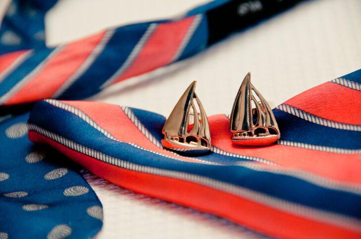Detailed Metal Sailboat Cufflinks
