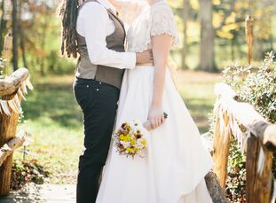 Christina Roth (31 and a paralegal) and Tamsen Wojtanowski (32 and an artist) had a romantic fall wedding at Spring Hills Farm, a family farm in Dalto