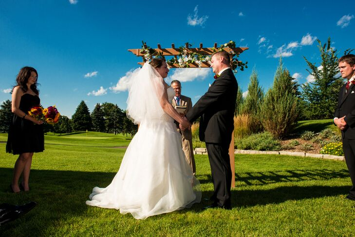Outdoor Wedding Ceremony at Midland Hills Country Club