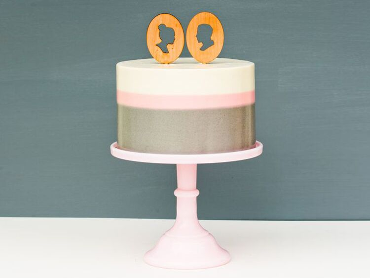 his and hers silhouette bridal shower cake