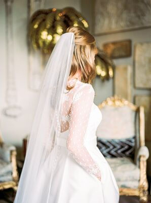 Romantic Lace-Embroidered Illusion Sleeves