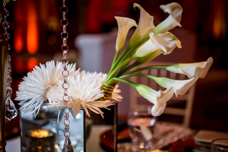 Contemporary White Calla Lily Centerpiece