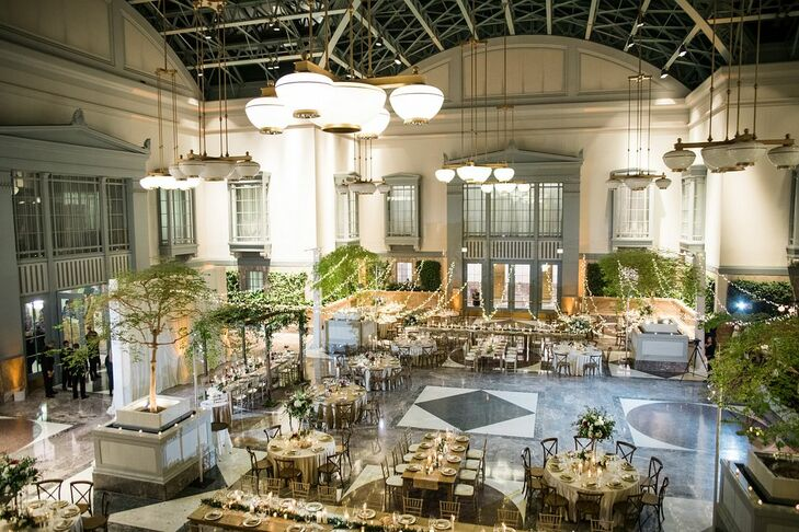 Elegant Dining Tables at the Harold Washington Library in Chicago, Illinois