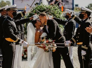The United States Naval Academy holds a special place in the hearts of Alyssa Burns & Kevin Edwards II. Kevin graduated from the United States Naval A