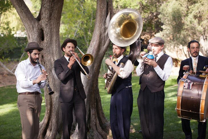 Live musicians provided entertainment during the outdoor ceremony at Hummingbird Nest Ranch in Santa Susana, California.