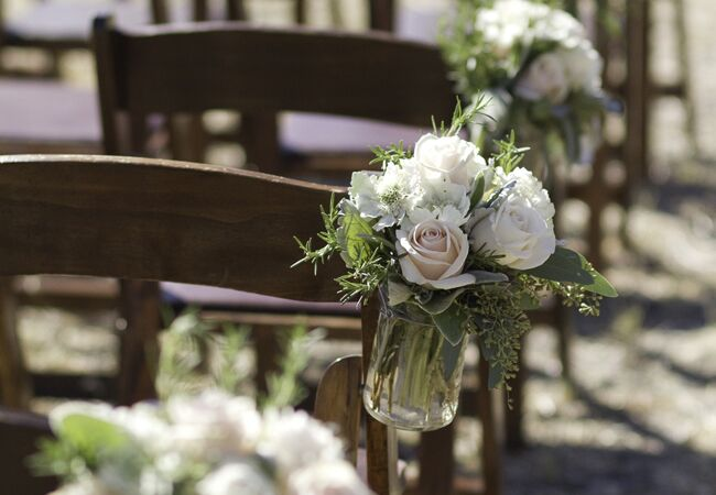 Photo: Isabel Lawrence Photography // Featured: The Knot Blog