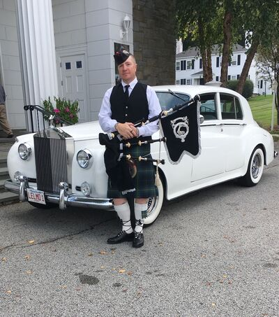 JL Wallace's Bagpipe services