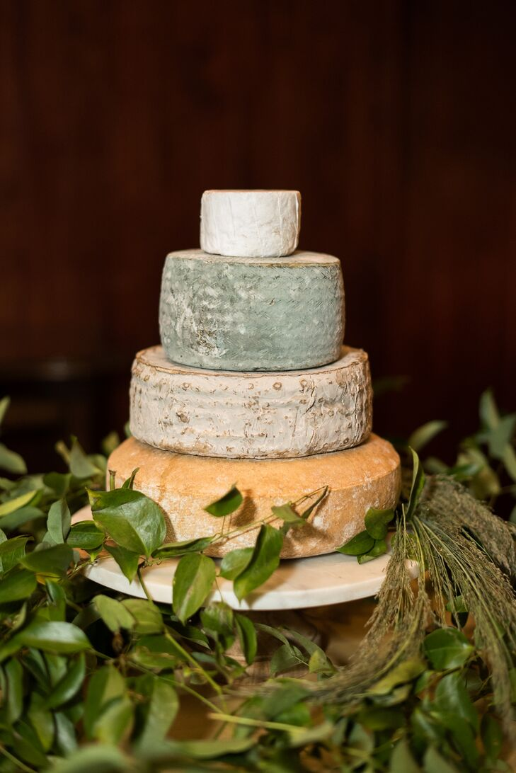 Round Tiered Cheese Cake