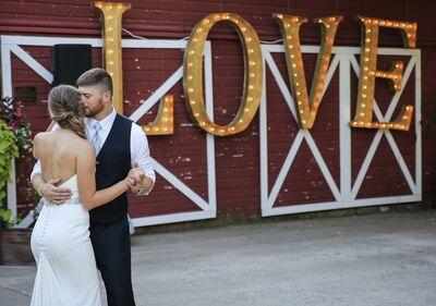 Savvi Formalwear & Bridal