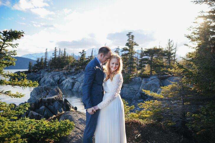 With snow-covered mountains, blooming greenery and ocean views, Bird Point in Anchorage, Alaska, had a little bit of everything. Grace Williamson (24
