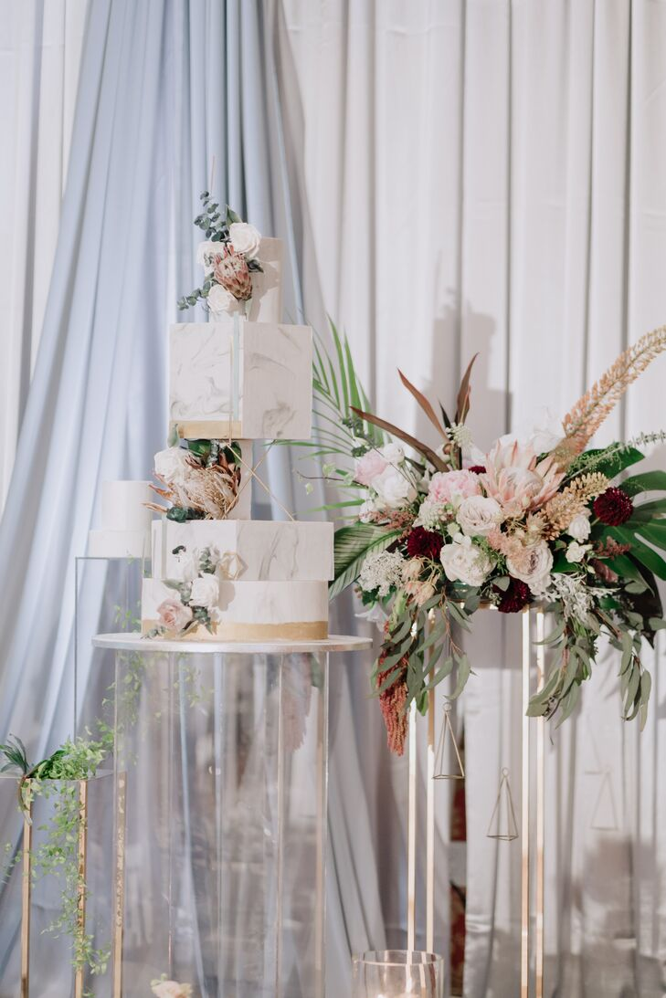 Modern Square Marble Cake and Flower Arrangement